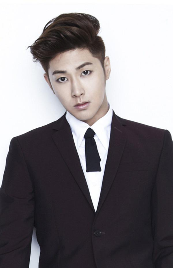[NEWS] 150403 SM Entertainment confirms TVXQ's Yunho is set to enlist this year as an active duty soldier